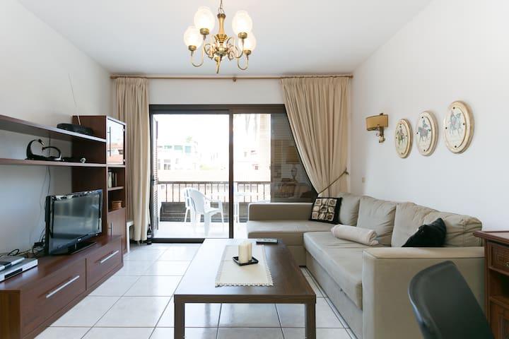 Spacious apartament+centre los Gigantes+free Wi-Fi - Acantilados de los Gigantes - Apartment