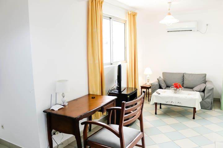 Studio Meublé 01 Chambre à Bonapriso