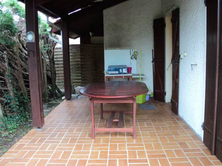 House with 3 bedrooms in Saint-Michel-Escalus, with furnished garden and WiFi - 6 km from the beach