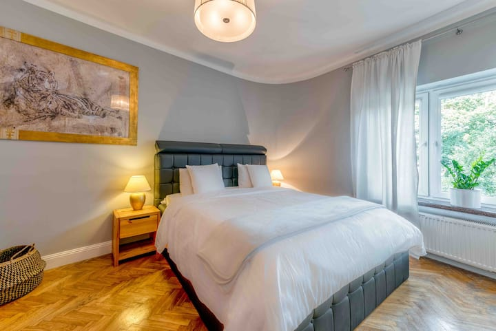 Apartment Premium nearby old town