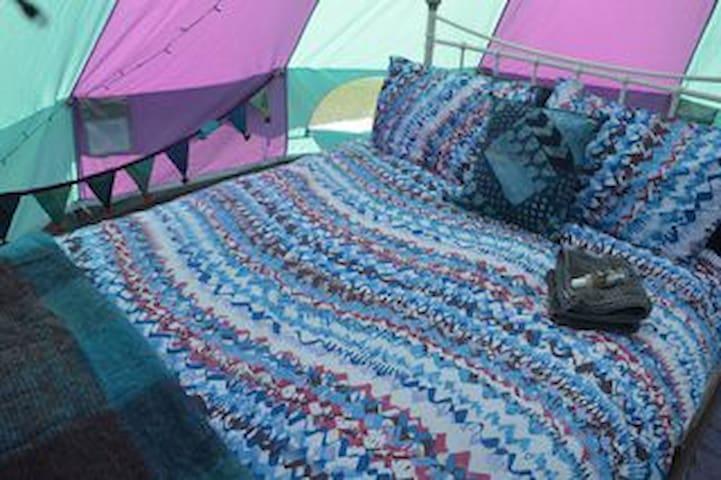 Ecocamp Glenshee Romantic Bell Tents - Blacklunans - Tenda