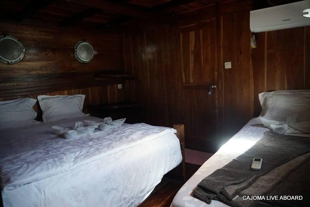 Exotic phinisi in labuanbajo bateaux louer komodo for Salle de bain komodo
