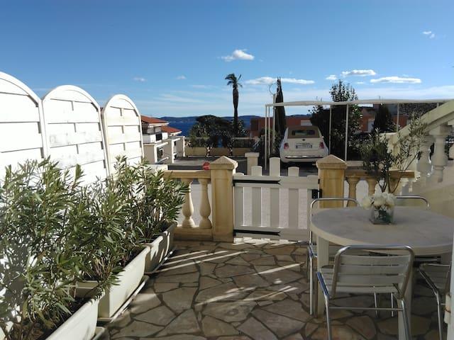 bel appartement plein sud vue mer - Sainte-Maxime - Lägenhet