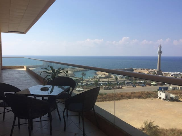 Sea-front Apartment in Heart of Beirut - Beirut - Apartamento