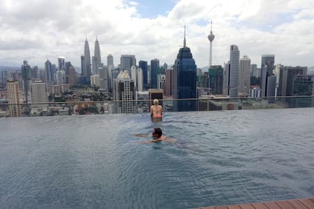 Two Swimming Pool !Great View! KL City Center! - Kuala Lumpur - Apartamento