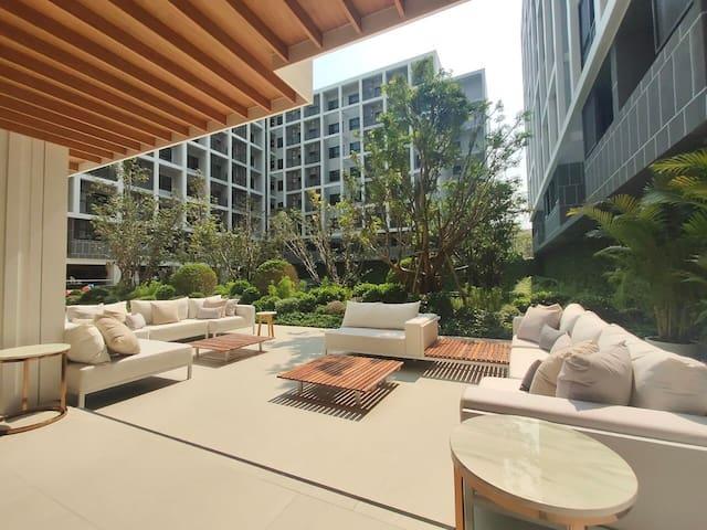 D2 RESIDENCES HUA HIN 华欣市中心/BLUEPORT商场旁/直临海边/30平公寓