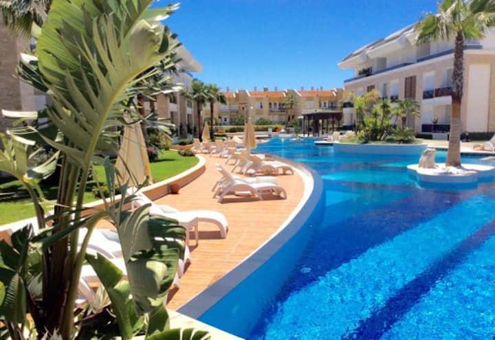 Ground floor apartment in private resort