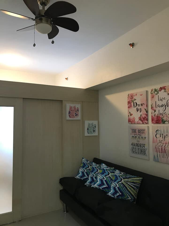 Affordable 1 Bedroom Staycation @ Light Residences