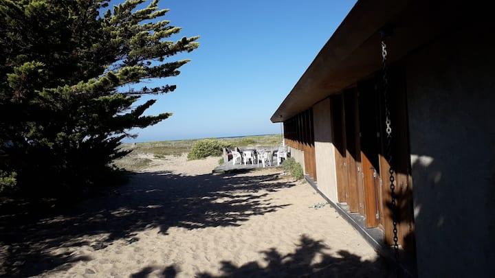 Grande maison sur la plage