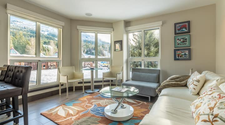 Blackcomb Village 1BR/2BA - Free Prk, Pool Hot tub