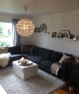 Hyggelig leilighet på Hosle - Bærum - Lägenhet
