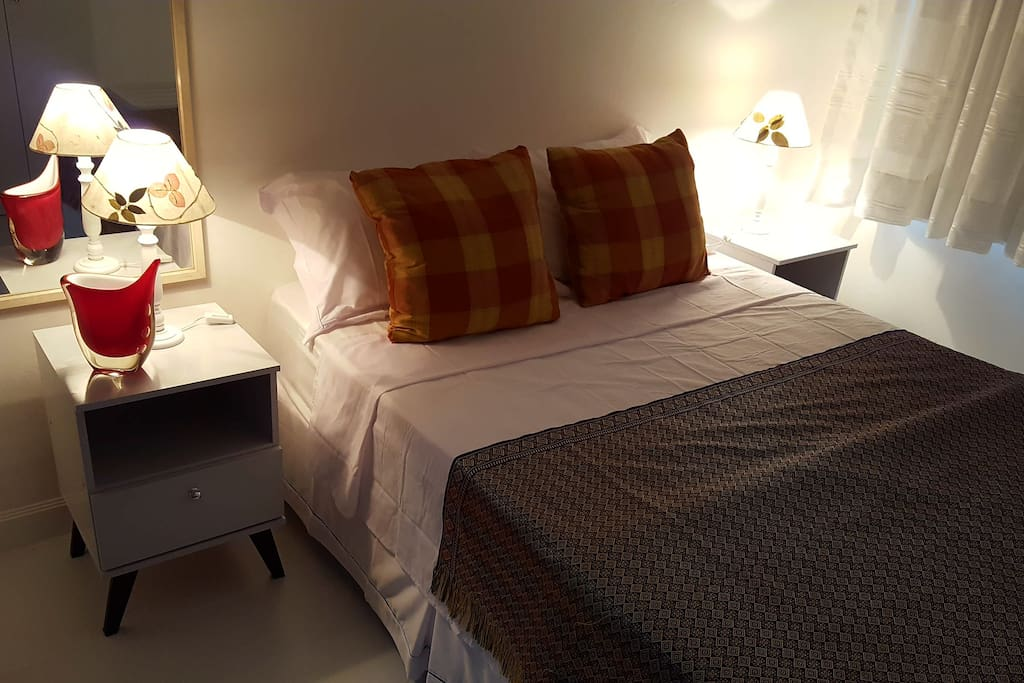 Confortable Double Bed with air conditioning and black out for longer sleep