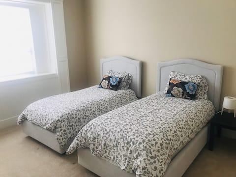 Van Luxury House by Elevate - 2 Bedroom Suites