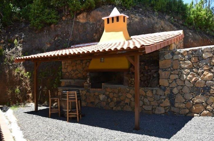 Tranquilidad, vistas, barbacoa, jacuzzi, íntimo - Santa Cruz de Tenerife - Casa