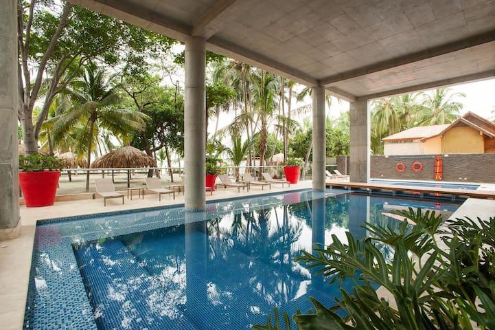 Wonderful APT with private beach - Santa Marta - Apartamento