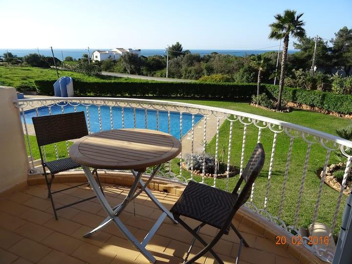 "Apartment in Carvoeiro, near ""Marinhabeach"", sea view and quiet"
