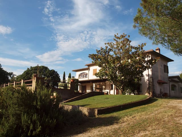 Appartamento Eva (casa di campagna con vista)