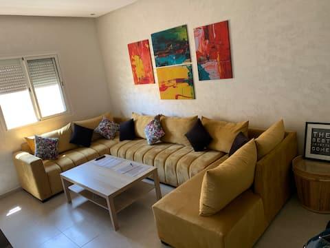 Appartement lumineux et équipé à Marrakech (Maroc)
