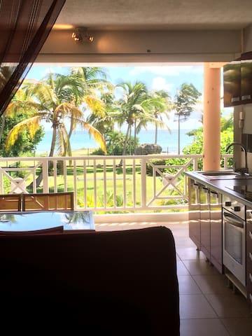 Appartement a 30 metres de la plage - Le Gosier - Huoneisto