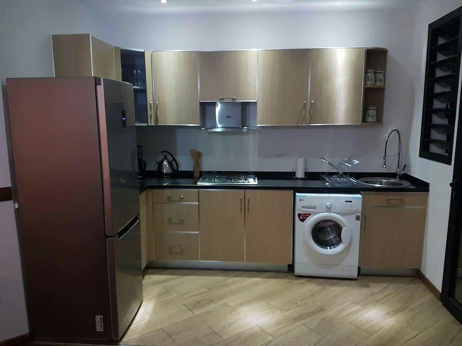 un appart de tr s haut standing flats for rent in. Black Bedroom Furniture Sets. Home Design Ideas