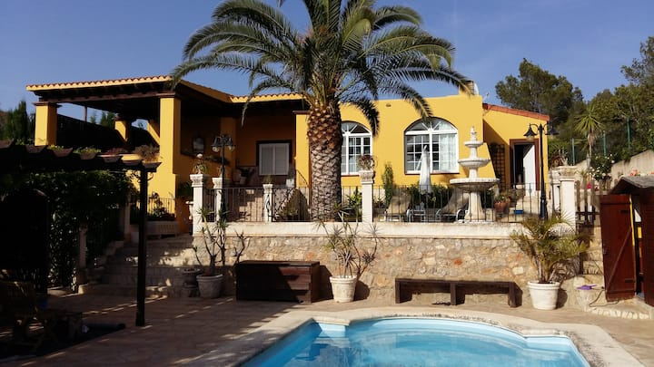 Habitación en casa de campo Villa Eva. 3 (Jesús)