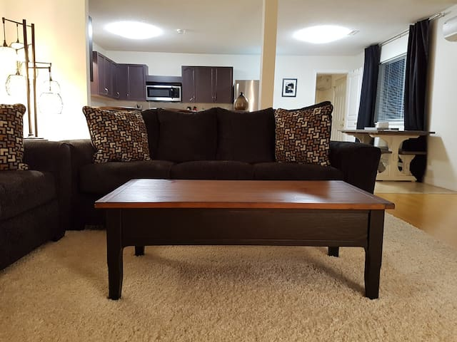 Private, large 2br suite w/own entrance