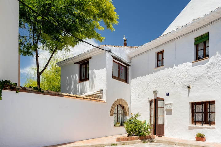 Beautiful rural style house in Sant Pere de Ribes.