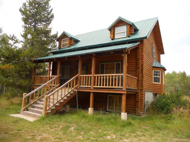 Shooting Star Lodge-Sleeps 15, 10 Beds, 3 Baths