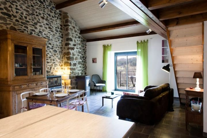 lou couvige - Lantriac - House