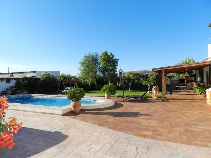 Villa with 3 bedrooms in Padul, with private pool, furnished terrace and WiFi