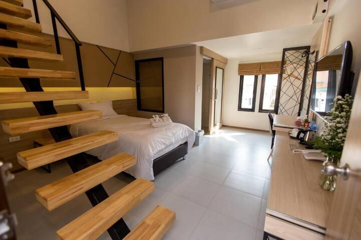 Duplex Apartment at TUCK Me iN