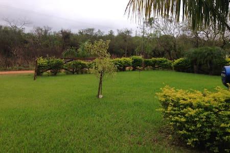 Alojamiento en Paraguay - San Bernardino - Haus