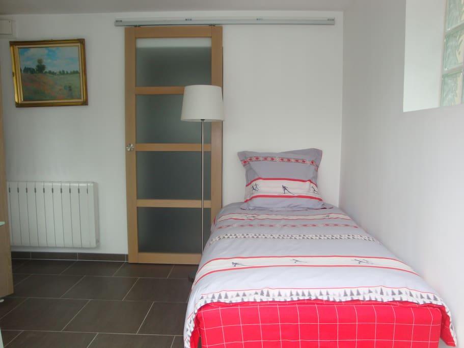 1 Bed; Lit 90 x 200