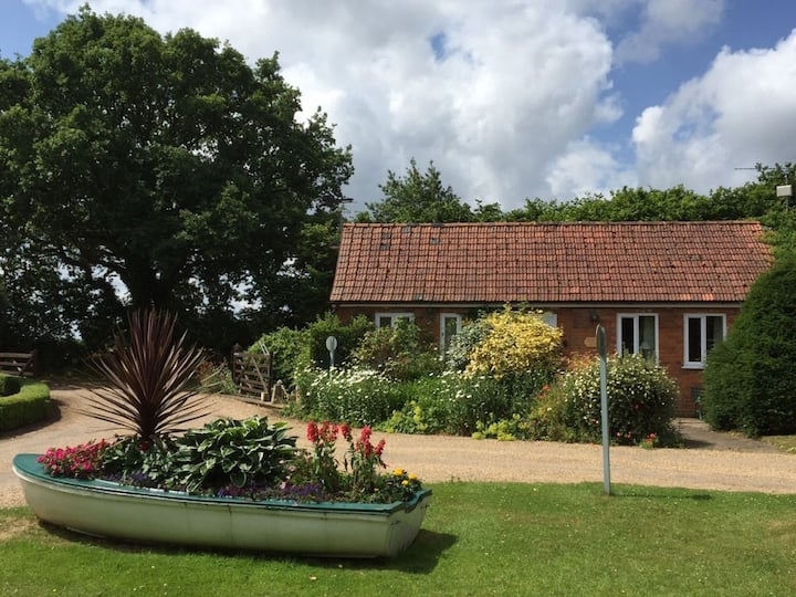 Kiln Cottage - 8 miles from coast