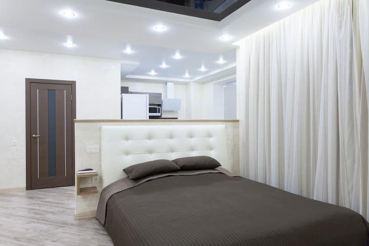 Уютная студия в Александровском - Cheliábinsk - Apartotel