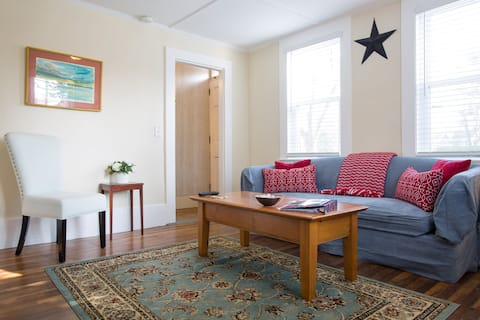 Spacious & Comfortable Apartment