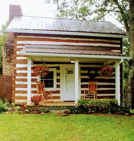 Kent's Cabin in the Summer