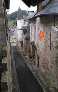 Gite de la rue droite - Turenne - Casa