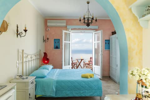 Villa Athina-Flatlet with sea view & swimming pool