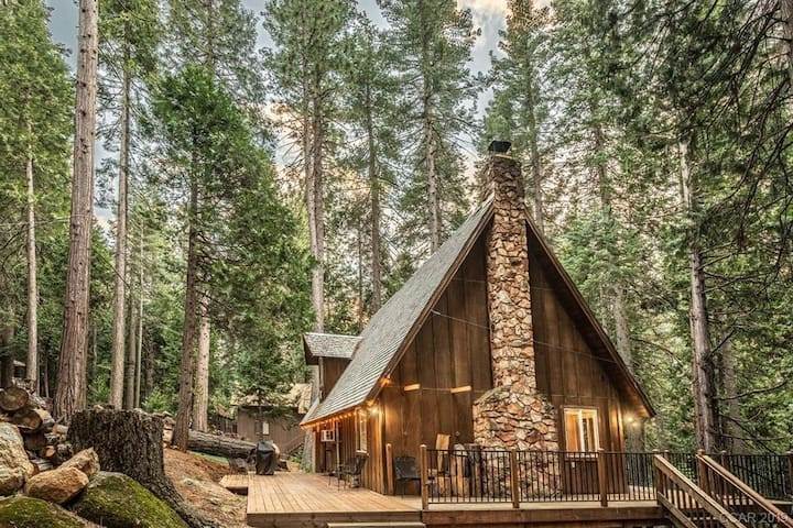 The Nest at Big Trees - Family Cabin