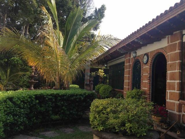 Algeciras  de Cuernavaca - Cuernavaca - Casa
