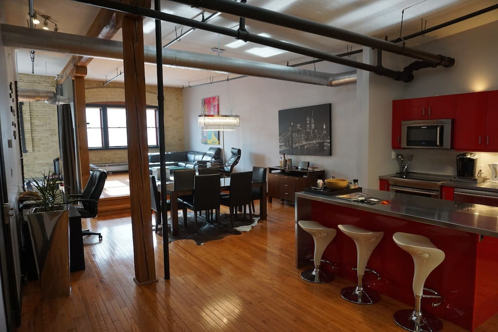 Amazing modern open concept downtown loft lofts for rent for Open concept loft