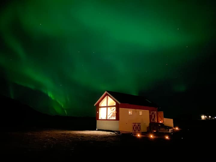 Unik overnatting ved golf og hav  i Lofoten