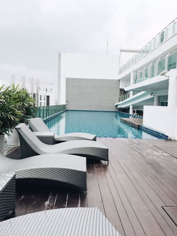 AFFORDABLE STAY WITH ROOFTOP POOL!!! @xloma_my #1 - Kuala Lumpur - Diğer