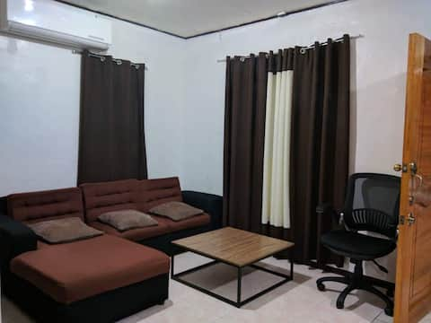Affordable,  Modern, Clean Transient Home in Davao