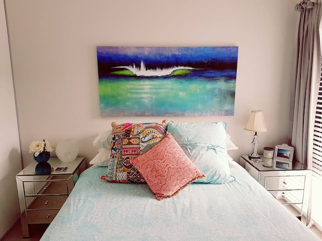 Immaculate Beach Townhouse