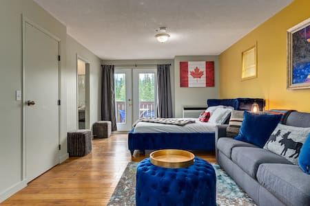 ❤❋Newly Renovated Condo In The Heart Of Canmore❋❤