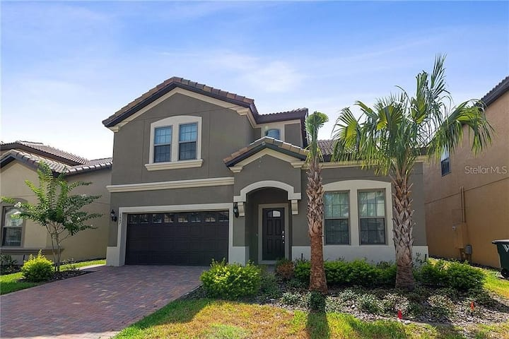 Brand-new mansion w/ pool and SPA Close to Disney!