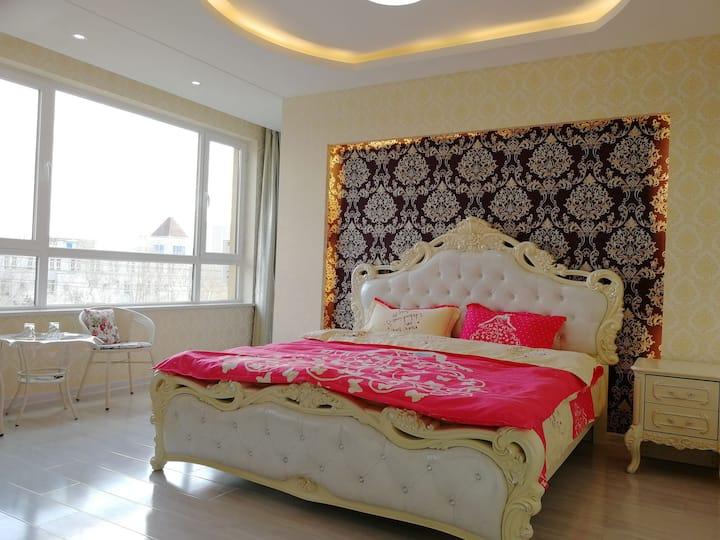 阳光之城公寓 欧式豪华大床房
