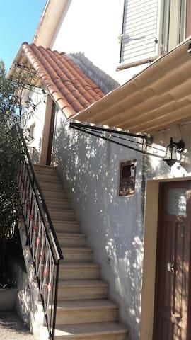 Charmante maison de campagne - Fontechiari - Casa